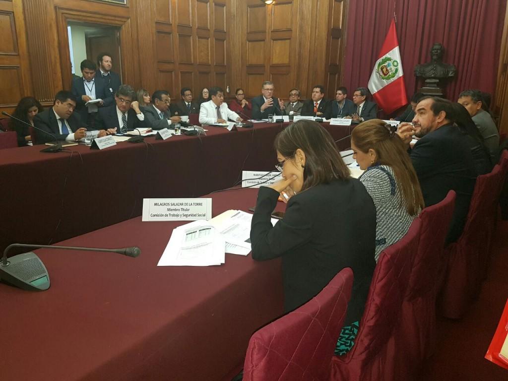 sesion-ministro-2
