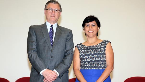 Sylvia Caceres+Grados